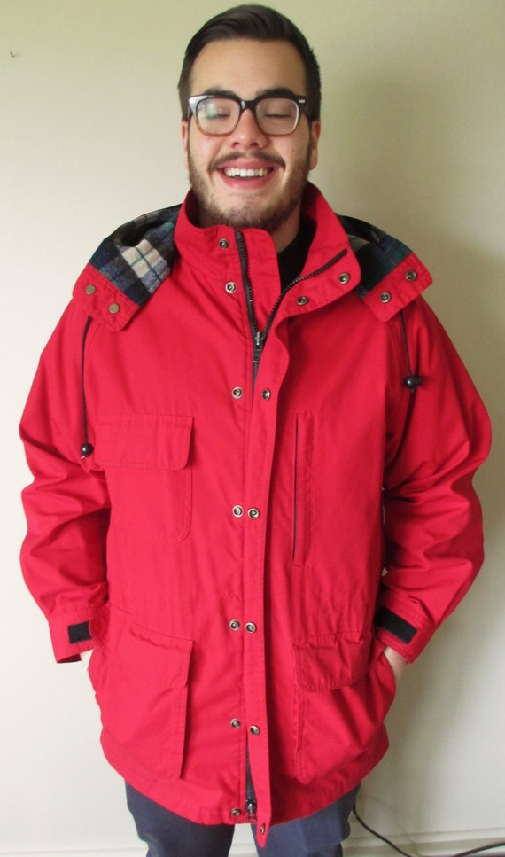 Vintage LIKE NEW Red Eddie Bauer Jacket / Coat w/ Plaid Lining and Detachable Hood 1GsBp687C1