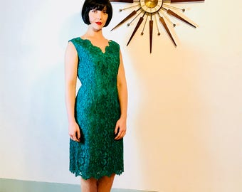 Vintage 50s Dress, Lace Wiggle Dress, 50s lace dress, Emerald Green dress, Pencil Skirt Dress, Sexy fitted dress, 60s MAD MEN,Cocktail Dress