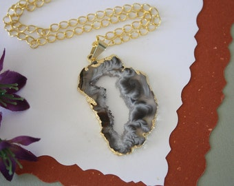 Druzy Necklace Gold, Geode Necklace, Crystal Necklace, Gold Geode Slice Druzy, GG99