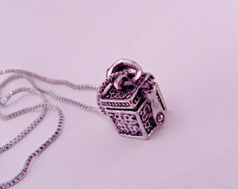 Pandora's Box Vintage Alloy Locket Box with Message Inside Pendant Necklace with 16 Inch Chain