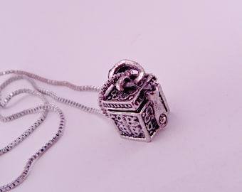 Büchse der Pandora Vintage-Legierung Medaillon Box mit Botschaft innen Halskette mit 16-Zoll-Kette