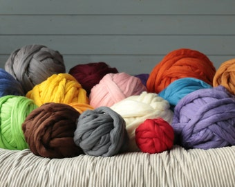 Chunky yarn, Chunky merino wool yarn, Arm knitting yarn. DIY Arm knitting merino wool Arm blanket knitting kit.arm knitting wool 23 micrones