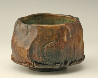 dark yunomi with wood fired look, faceted chawan, black teabowl, organic tea bowl, rustic japanese tea bowl, antique pottery cup, Shikha