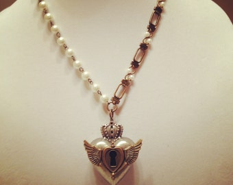 Puffed Heart and Pearl Necklace