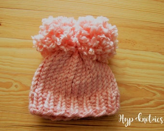 Pom-Pom Hat>newborn hat>baby shower>mommy and me hat>crochet hat>knitted hat