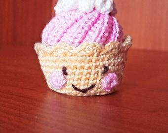 Crochet strawberry cake, crochet food, amigurumi, little crochet cake