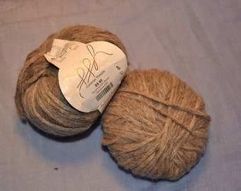 Savanna, 2 skeins, yarn, Color: Stone, Alpaca, Linen, Wool etc, 1.9 oz x 2. item# 0425A