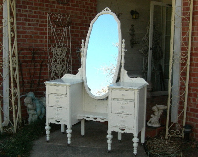 BEAUTIFUL VANITY Order Your Own Antique Painted Vanity The Shabby Chic  Furniture Custom Painted Furniture Vanity