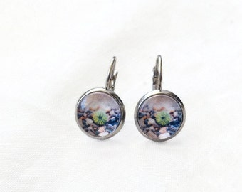 Sea Urchin, beach earrings 10 mm cabochon, made in Quebec, delicate feminine nature zen, stainless steel