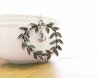 Dove Necklace Wreath Necklace (Laurel Wreath, Dove Charm, Handcrafted, Silver, Bird Necklace)