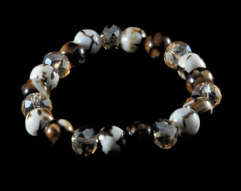 Stunning brown and white stretchy bracelet