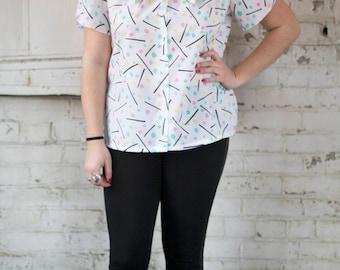 Vintage 80s Blouse || 80s Judy Bond Confetti Tie Neck Blouse || Confetti Pattern & Petal Sleeves