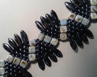 Beadwoven bracelet, tile and dagger beads