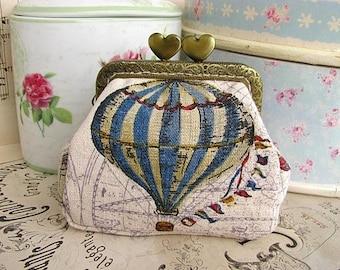 Coin purse clutch with hot air balloon, vintage  kiss lock purse