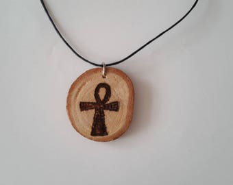 Necklace with wood (cross of life)