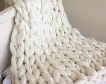 Chunky blanket, chunky baby blanket, chunky knit, crib blanket, arm knitting