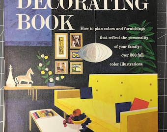 Vintage Better Homes & Gardens DECORATING BOOK 1961 edition