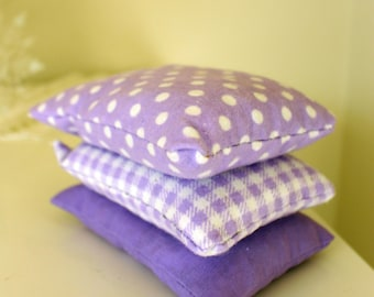 Herbal Dream Pillow with Organic Chamomile, Peppermint, Thyme and Lavender