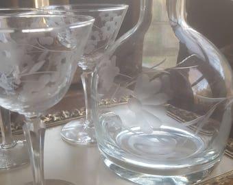 Floral Foliage Etched Crystal  Liquor Wine Beverage Decanter Vintage Barware Etched Glass Etched Decanter Barware