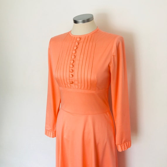 Mod dress, 70s dress, neon orange, gogo, fluorescent, petite vintage, UK 8, long sleeves, button front, Scooter girl, disco, 1970s