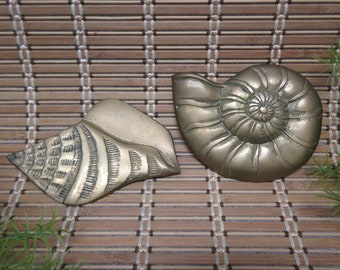 Brass Sea Shell Wall Hangings Set of 2 Decoration Home Table Top Decor Ocean Beach House Decor Aquatic Sand Vintage FREE SHIPPING (793)