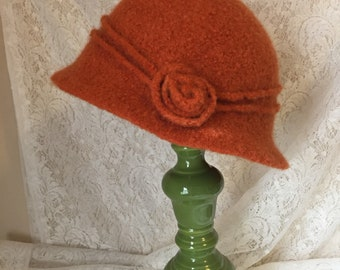 Vintage Inspired Crocheted Felted Cloche Flapper Hat 'Rosey'
