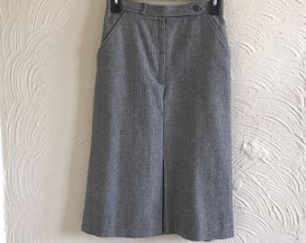 vintage 100% worsted wool lined black/white check midi skirt made in hungary - size 6 x small/small