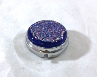 """Pill Box, Dichroic Fused Glass 3 Section Organizer 2"""""""
