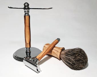 Shave kit in Bethlehem olive wood