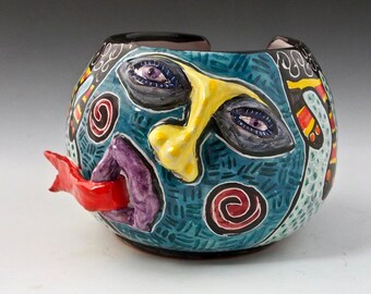 Ceramic Yarn Bowl Pottery, Face Yarn Bowl, Coraline, Snot Nosed Majolica String Holder - Knitting Bowl - Crochet Bowl, gift for Mom