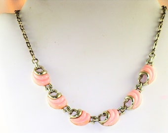 Vintage Light Pink Thermoset Necklace (N-2-1)