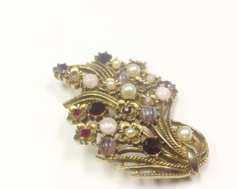 Vintage, multi stone brooch, 1950s to 1960s.