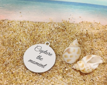 Capture the moment - **Exclusive Line** Stainless Steel 2 Sides Polished Round Engraved Charm