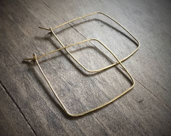 Square Gold Hoop Earrings / Square Hoop Earrings / Lightweight Hoop Earrings / Gold Hoops / Thin Gold Hoop Earrings