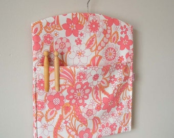 Handmade vintage fabric clothespin peg bag laundry room storage
