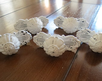 Vintage Inspired Knobs/Vintage Inspired Pulls/Distressed White/Decorative/Drawer Knob/Door Knob/Shabby Chic Style/Cottage Chic