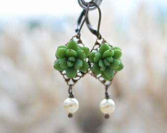 Green Sucullent and Pearls Earrings. Succulent Earrings.