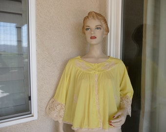 1960's Vintage Yellow Nightgown Bed Jacket ~ Lady Irene Nylon And Beige Lace With Bell Sleeves And Cloth Buttons Bed Jacket ~ Size Medium