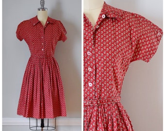 50s Dress / 50s Vintage Dress / Vintage Dress / Fit And Flare / Shirtwaist Dress / Novelty Print / Cotton / Red / Rockabilly / Extra Small