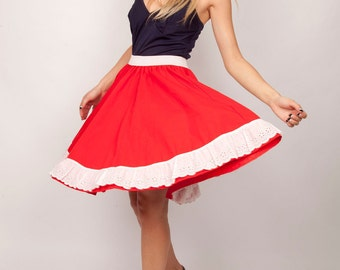Vintage 1950s Valentine Candy Red Bustle Back Lace and Cotton Mini Circle Skirt Coutry Western Lolita Skirt 0373