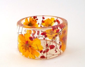 Size Small Cosmos and Baby's Breath Botanical Resin Bangle.  Yellow and Red Chunky Bangle with Pressed Flowers.  Resin Bracelet