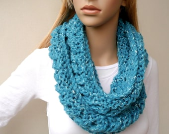 HALF PRICE  Blue Infinity scarf Cowl Chunky Turquoise Infinity Loop Scarf