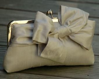 Bridal Bow Clutch, Wedding Clutch, Champagne Clutch,  Formal Purse, Prom Clutch {Tied Up Pretty Kisslock}