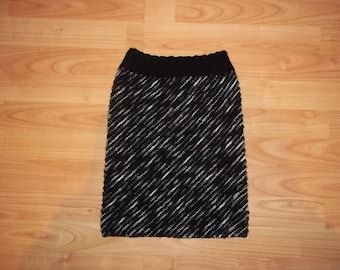 Skirt for girls black and white, size 140-158 cm