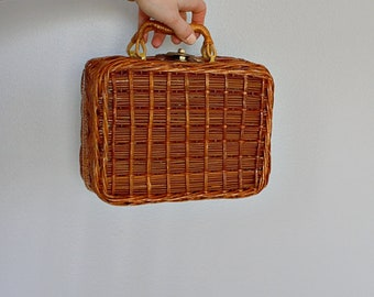 Vintage 60's 70's wicker and leather box purse