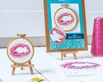 Modern cross stitch kit - Beginner craft kit - Woodland mouse