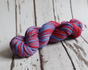 Hand dyed self-striping sock yarn 100g Emergency two colour colourway