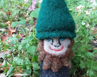 Gnome Finger Puppet