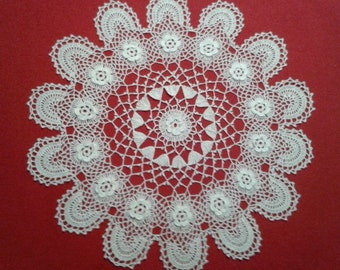 White lace doily, centre-piece, tablecloth, runner, crochet