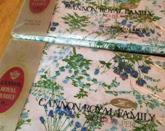 NOS/NIP Cannon Royal Twin Flat Sheet Blue & Green Floral / Flowers